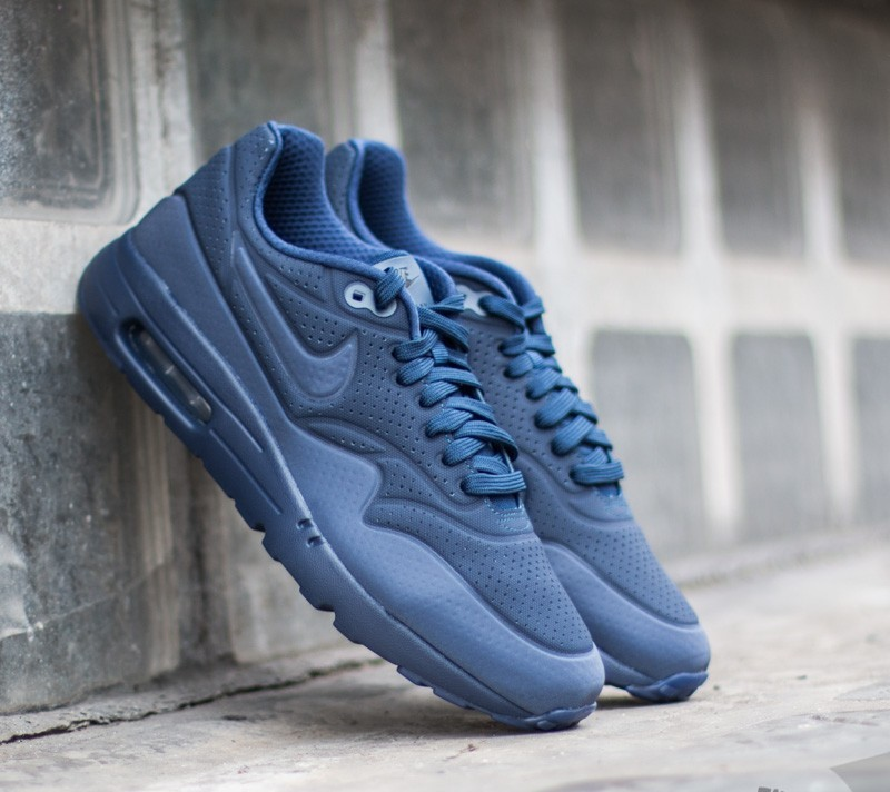 differently 69c3c d8b98 Nike Air Max 1 Ultra Moire Midnight Navy/ Midnight Navy-Black ...