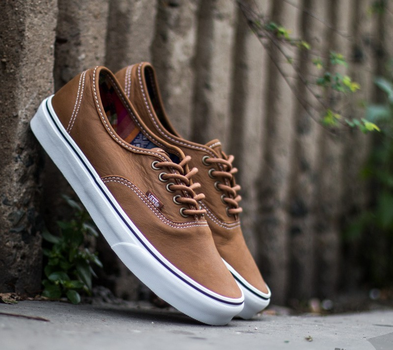 bb2d7e0d9c Vans Authentic Leather Brown  Guate