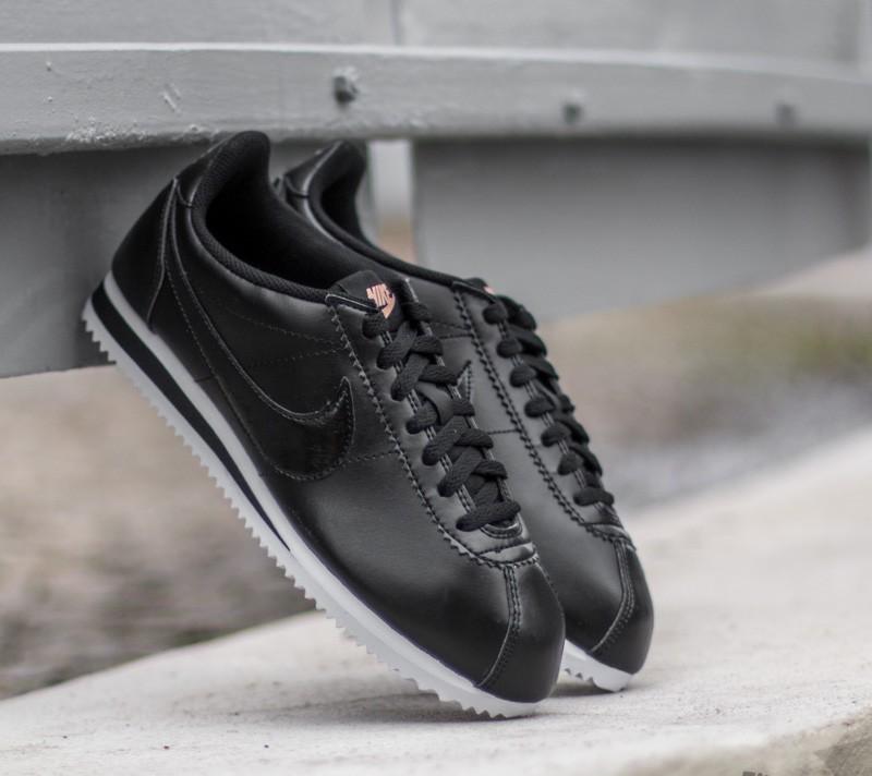 various colors 4a7d2 01046 Nike Wmns Classic Cortez Leather Black Black- Metallic Red Bronz- White