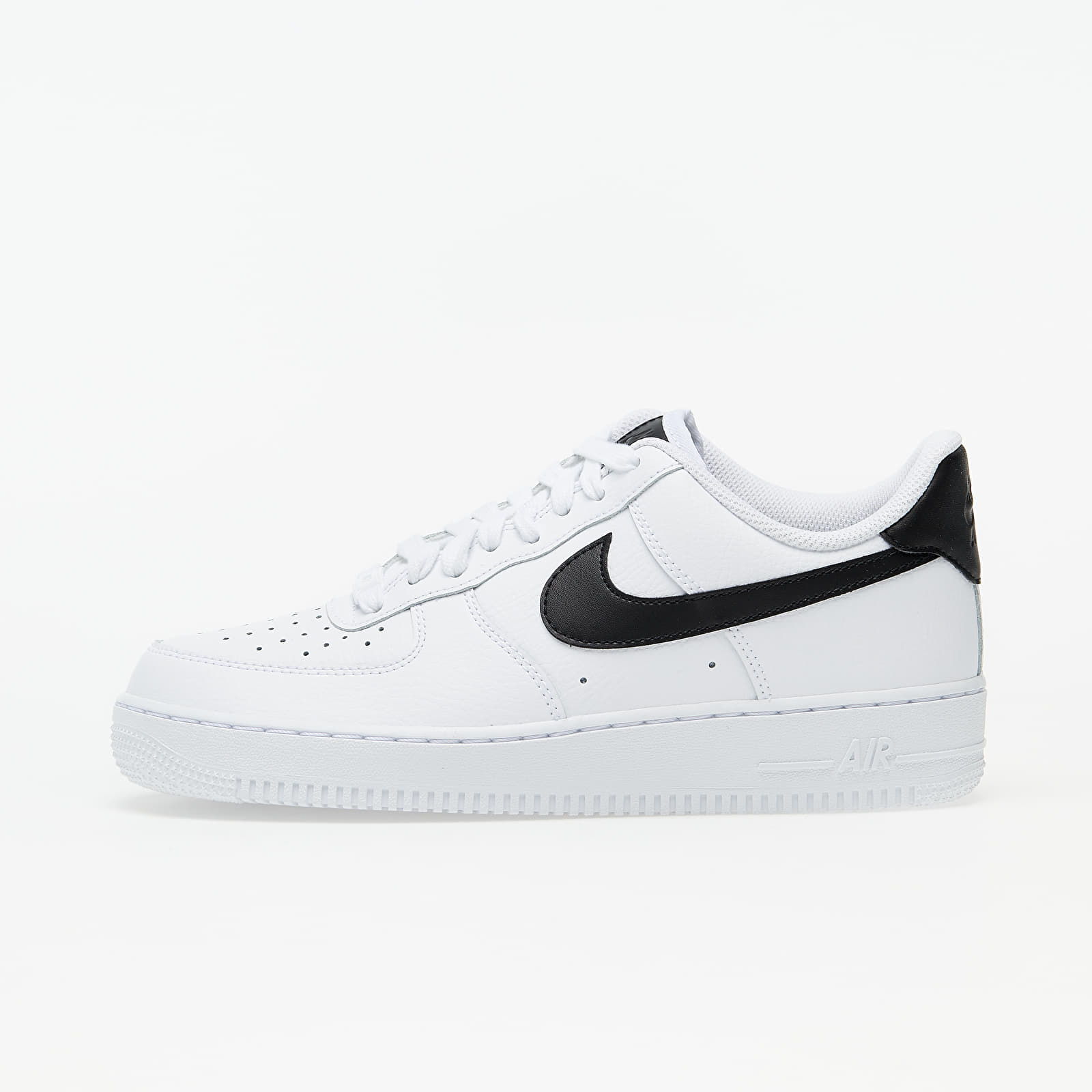 Női cipők Nike WMNS Air Force 1 '07 White/ White-Black