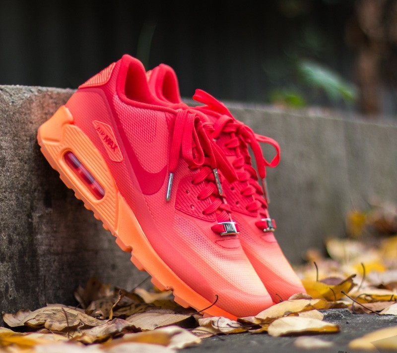 86cb2999d86f Nike Wmns Air Max 90 HYP QS Hyper Orange  Chilling Red -Atomic Orange