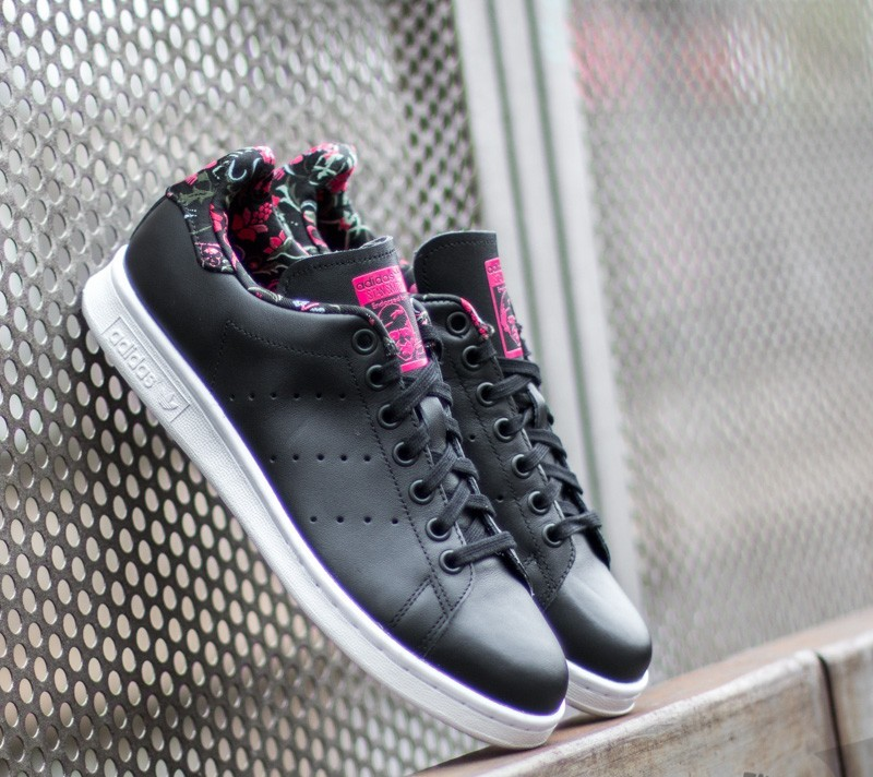 98a6a447270f adidas Stan Smith W Core Black  Core Black  Vivber
