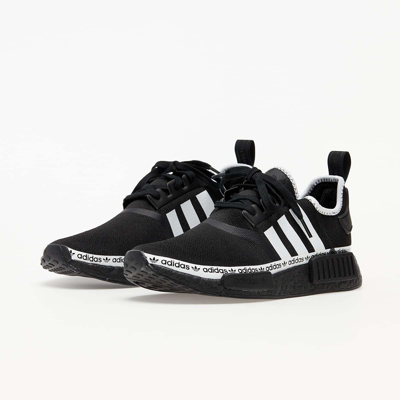 adidas NMD_R1 Core Black/ Ftw White/ Ftw White EUR 43 1/3