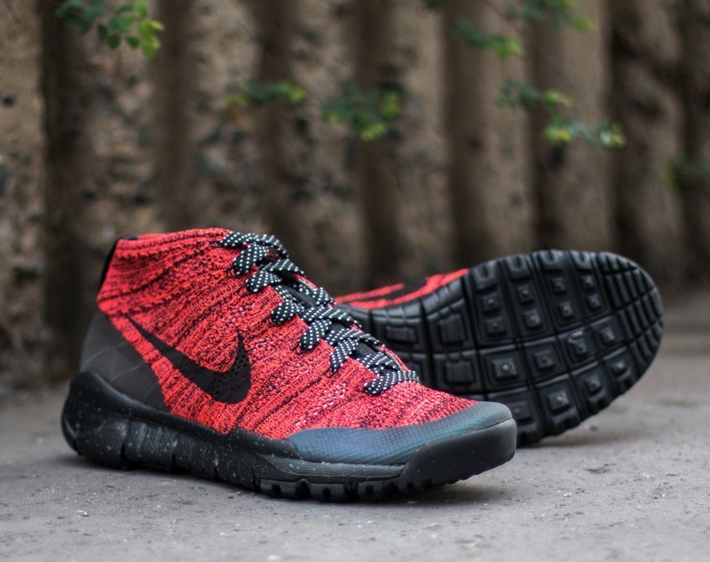 W Nike Flyknit Trainer Chukka FSB Bright Crimson Black Sequoia | Footshop