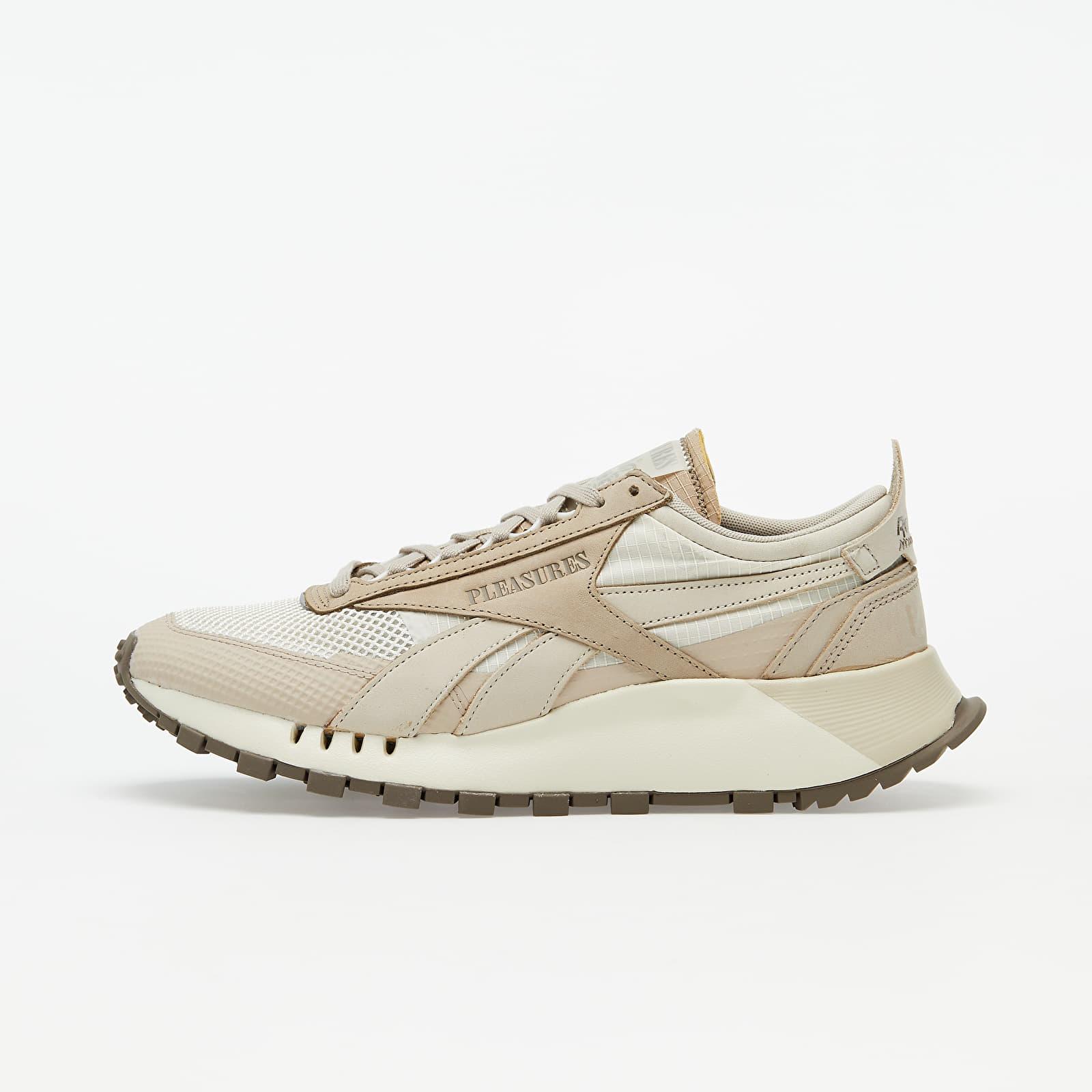 Men's shoes Reebok x Pleasures Classic
