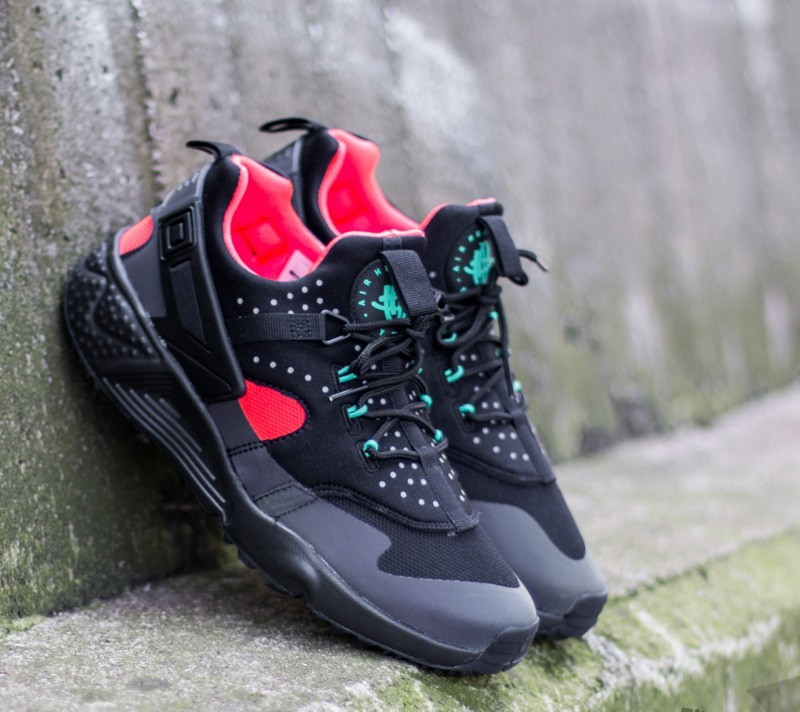 shoes Nike Air Huarache Utility Premium