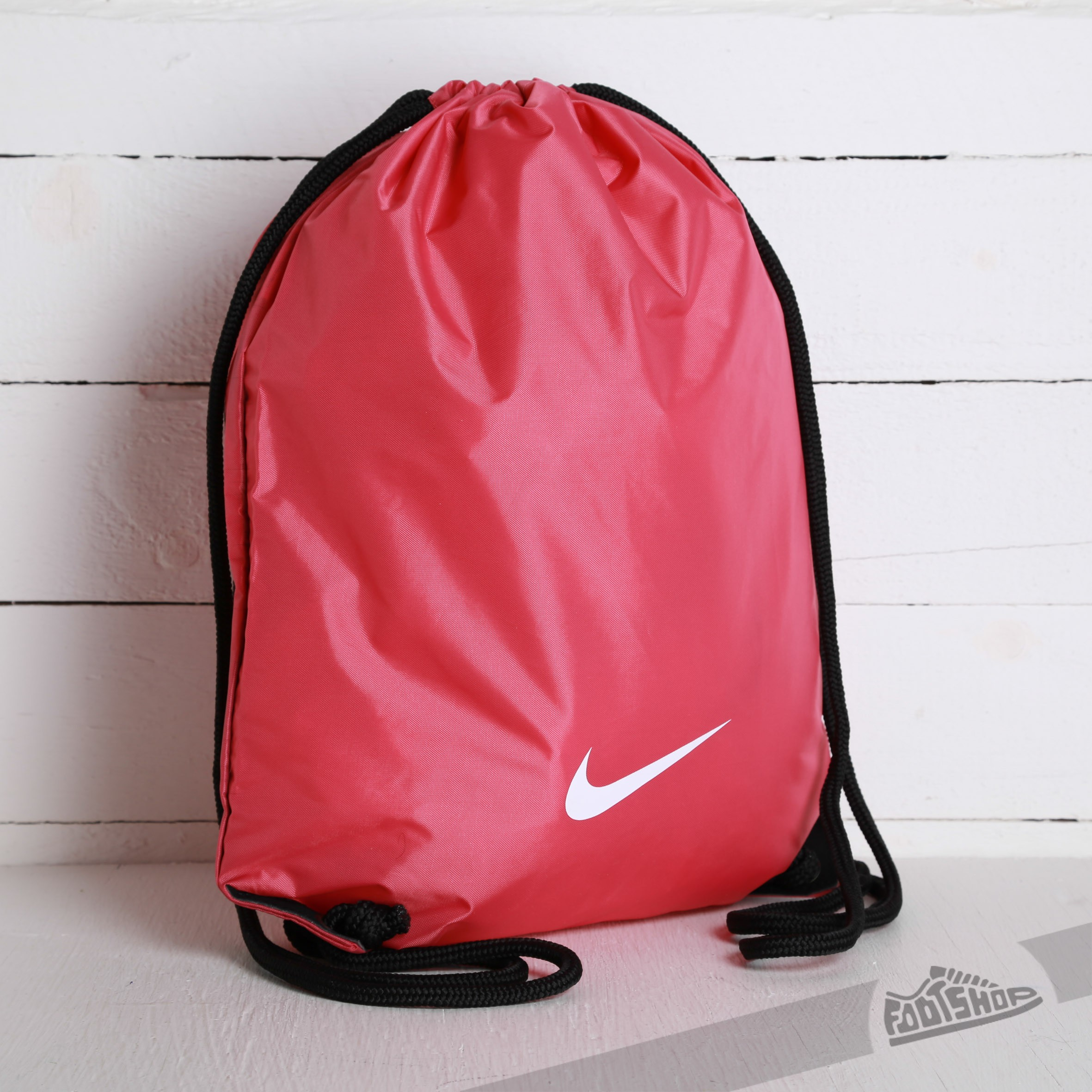Energizar Recogiendo hojas Cava  Gym Sacks Nike Fundamental Swoosh Gymsack Pink | Footshop