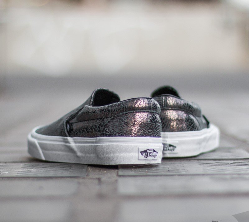 Vans Classic Slip On Cracked Leather Shoes