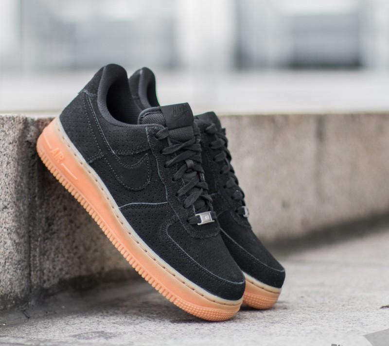huge selection of bfa43 638ec Nike Wmns Air Force 1 ´07 Suede