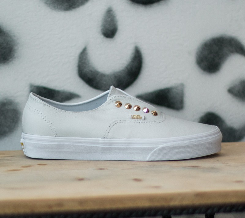b61ab410 Vans Authentic Gore Studs Leather/ True White | Footshop
