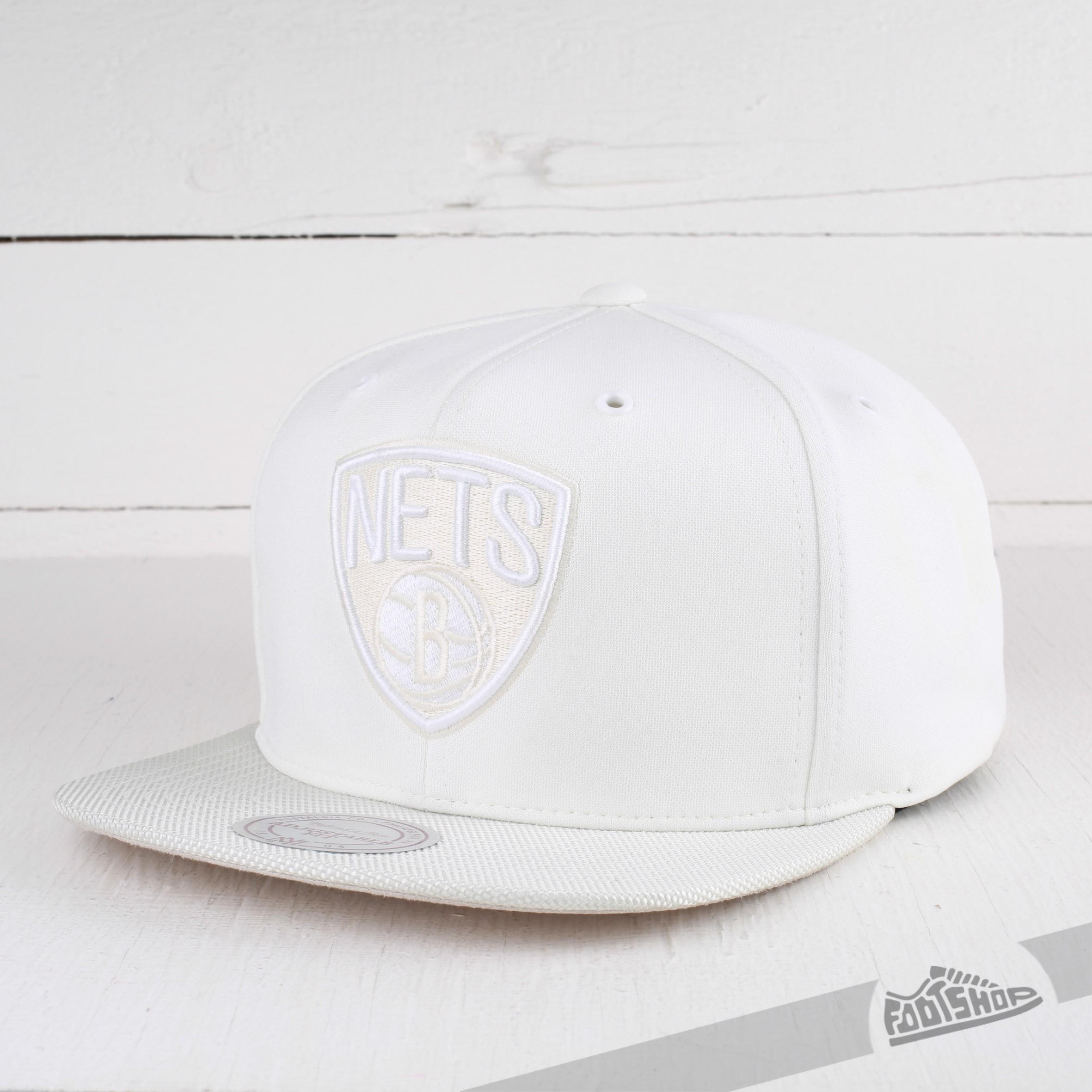check out 65a56 a6b0b Mitchell   Ness Cap NBA Brooklyn Nets White