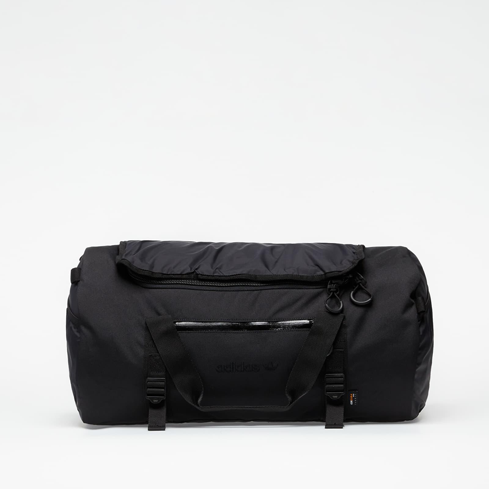 Táskák és hátizsákok adidas Adventure Daffel Bag Black
