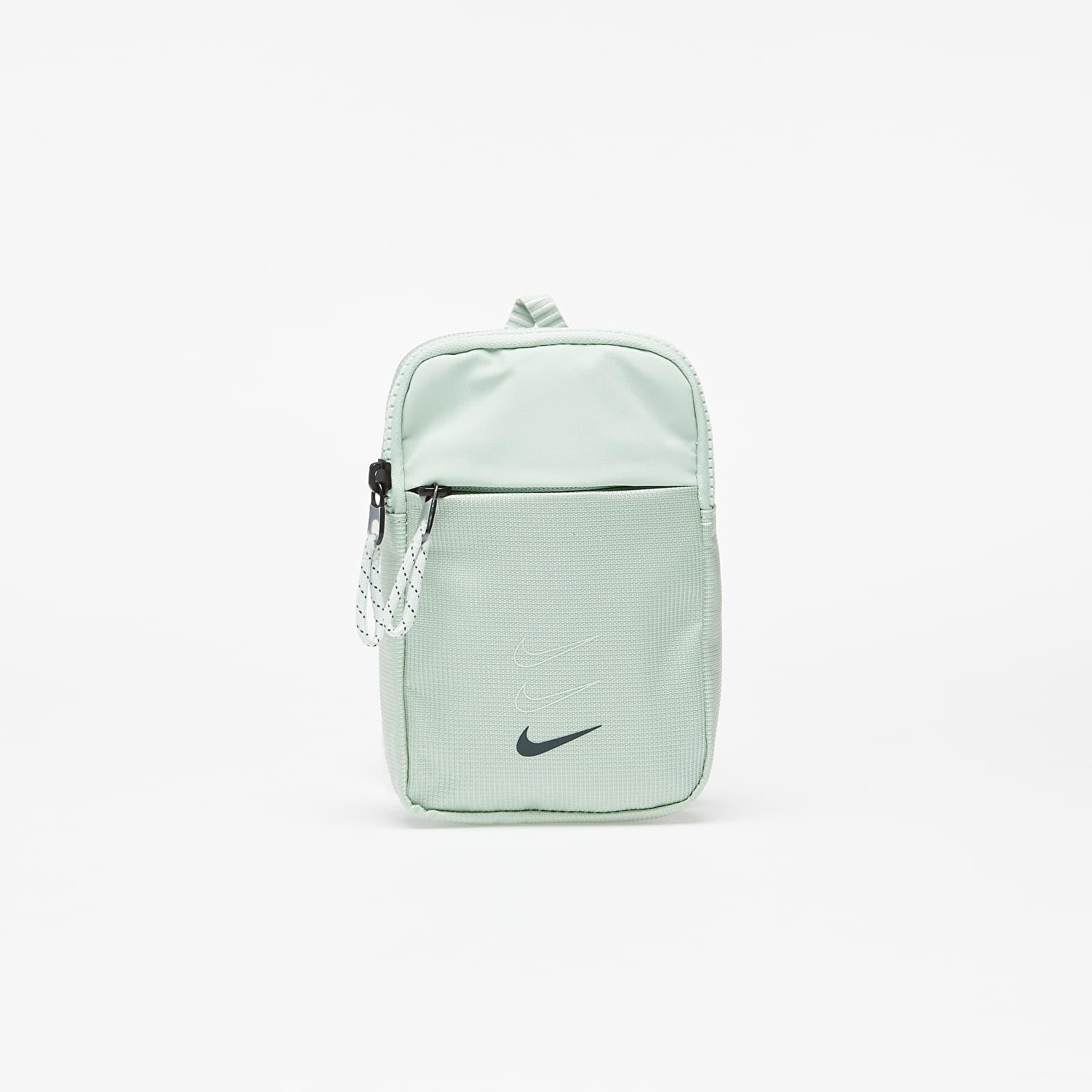Táskák és hátizsákok Nike Sportswear Essentials S Hip Pack Pistachio Frost/ Seaweed/ Seaweed