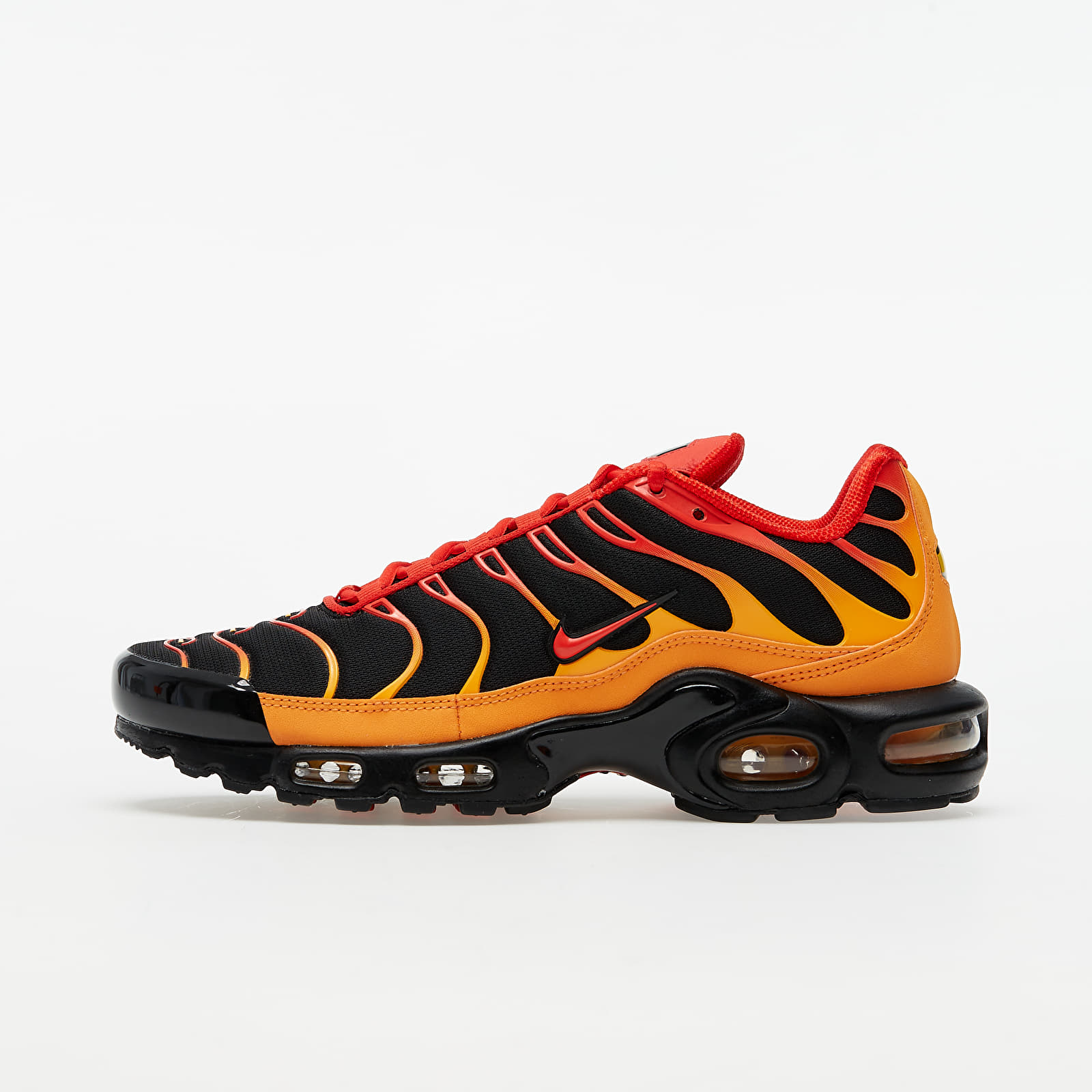 Nike Air Max Plus Black/ Chile Red-Vivid Orange EUR 42