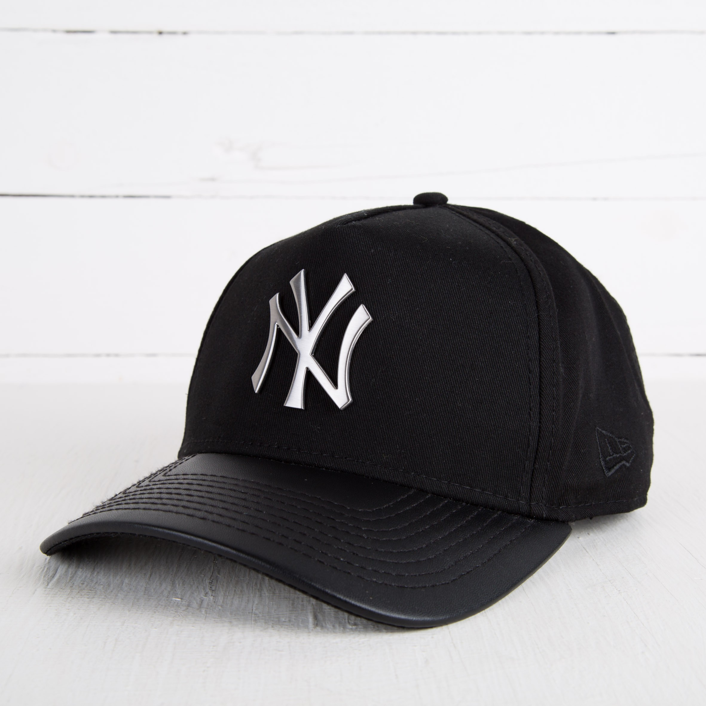 1bd811c3160 New Era NY Yankees A Frame Trucker Black  Silver