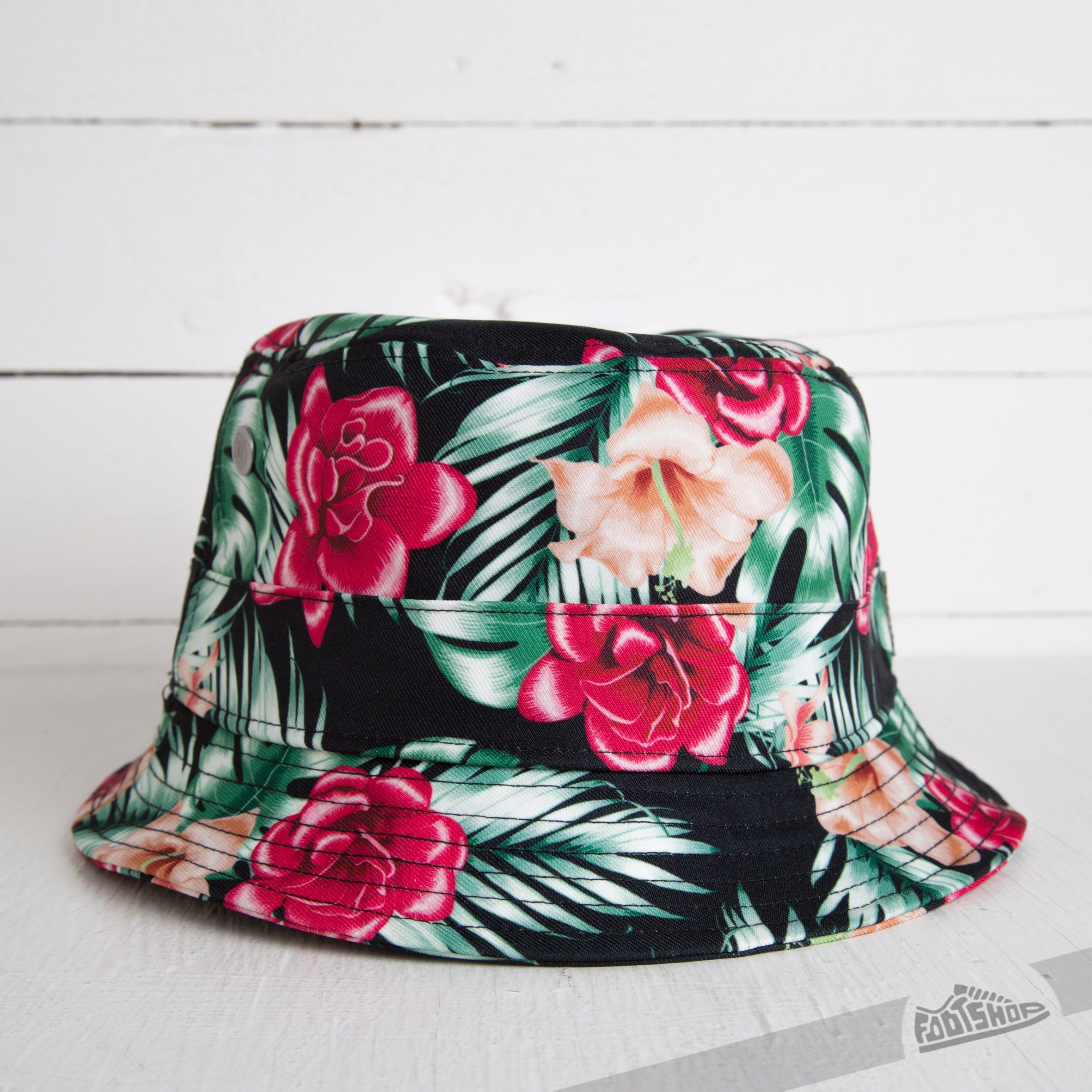 03e047ac6b4 Cayler   Sons Awesome Bucket Hat MC