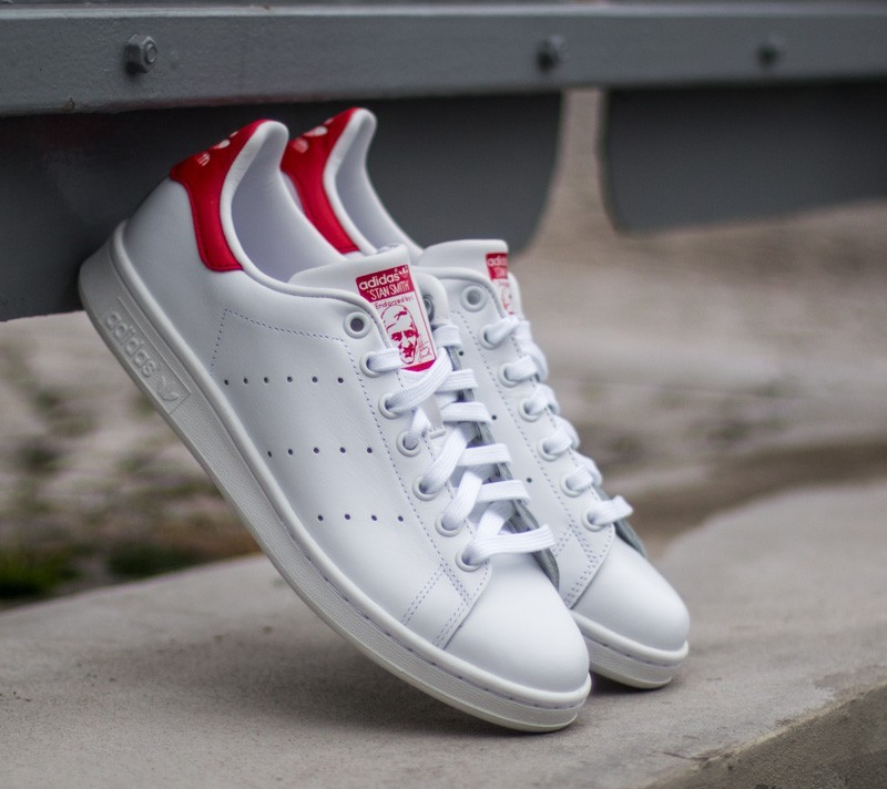 e145e422487f5 adidas Stan Smith Running White  Running White  Red at a great price 84 €