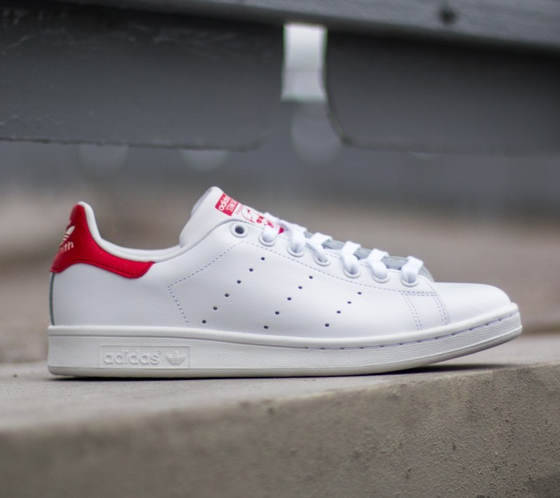new product 49e3a df962 adidas Stan Smith Running White  Running White  Red at a great price 84 €