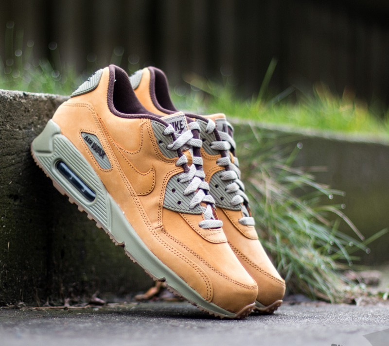 low priced feb77 e0c01 Nike Air Max 90 Winter Premium. Bronze  Bronze-Baroque Brown
