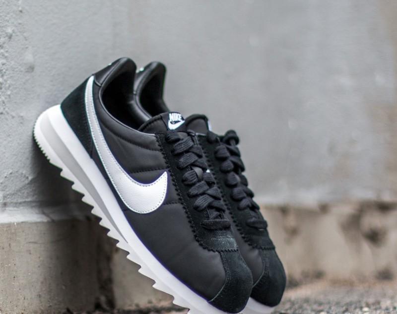 Nike Wmns Classic Cortez Epic Black/ White- Neutral Grey EUR 41