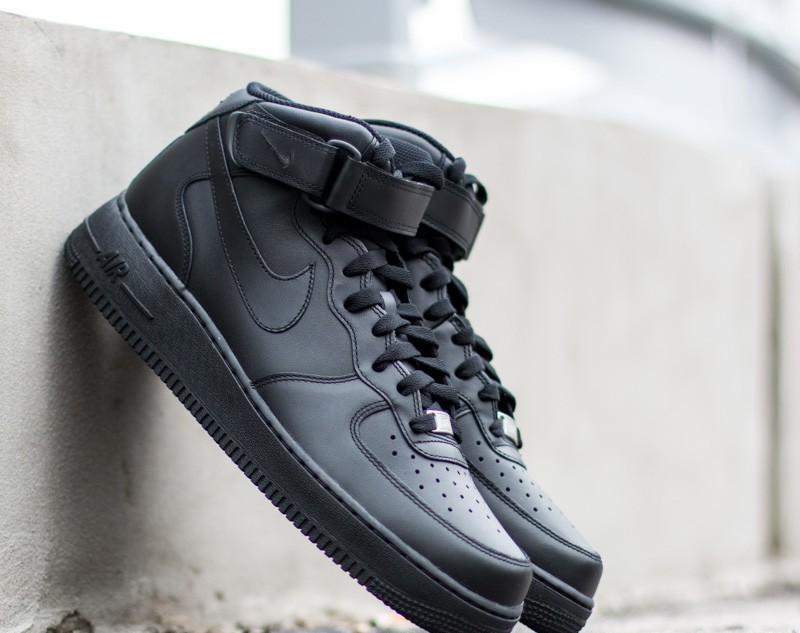 Nike Wmns Air Force 1 Mid ´07 LE Black/ Black EUR 38