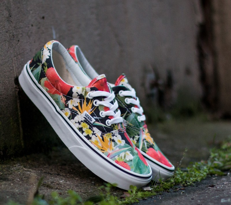 f778b37783 Vans Era Digi Aloha Black True White