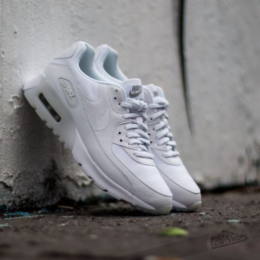 Enseñando Perth Blackborough Apariencia  Women's shoes Nike Air Max 90 Ultra Essential White/ White- Metallic Silver