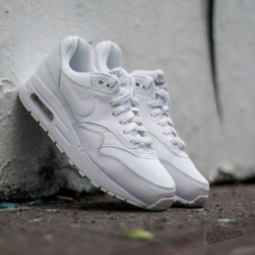 Controlar café Dar  Women's shoes Nike Air Max 1 (GS) White/ White-Metallic Silver