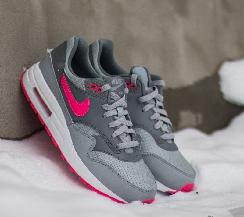 new styles 5f951 d8a3d ... uk nike air max 1 gs. wolf grey hyper pink cool b18b1 a27ce