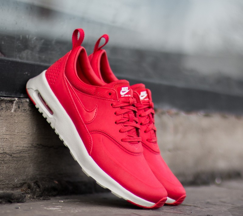 El aparato La risa dentro de poco  Women's shoes Wmns Nike Air Max Thea Premium University Red/ Univeristy Red-  Sl- White | Footshop