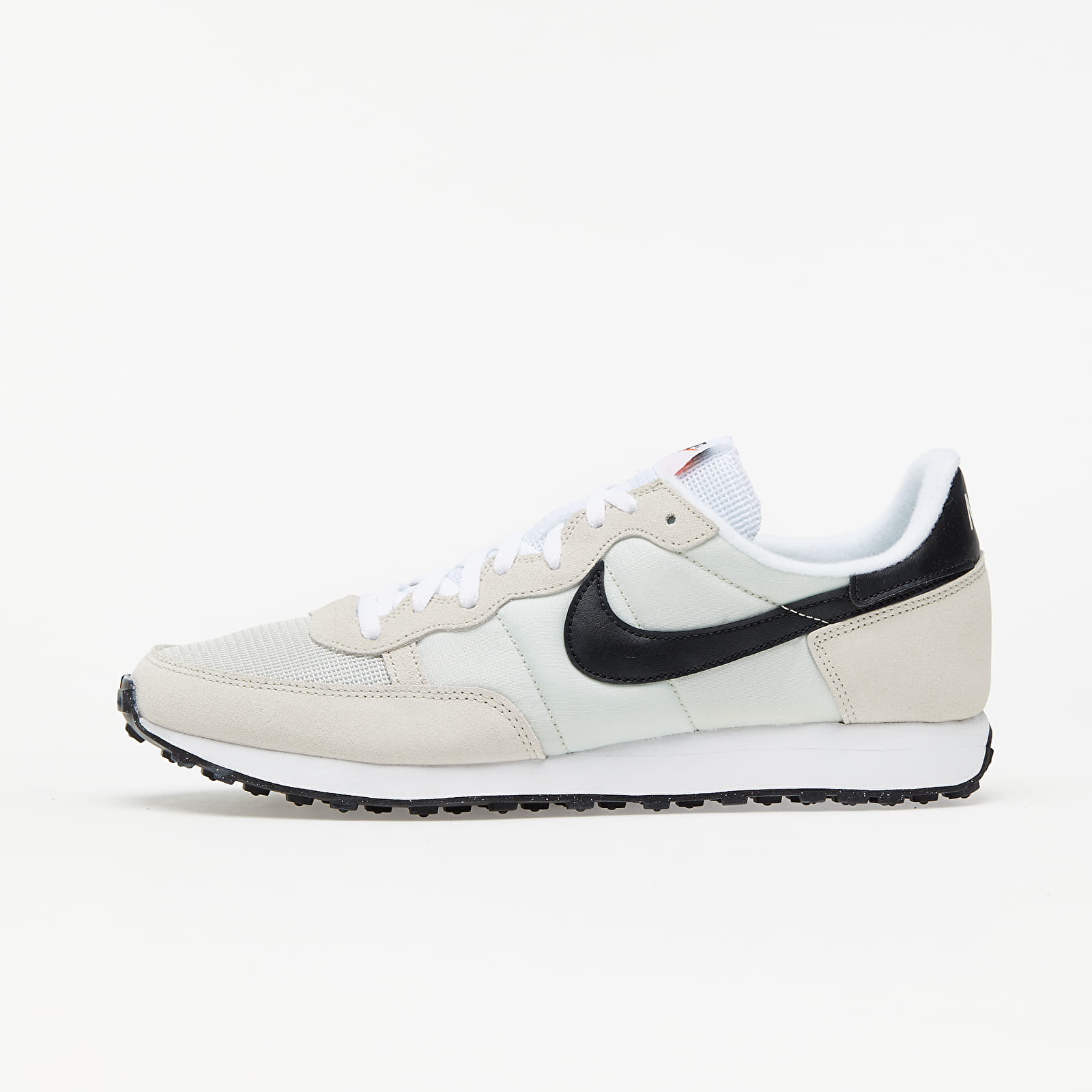 Nike Challenger OG Light Bone/ Black-White EUR 40.5