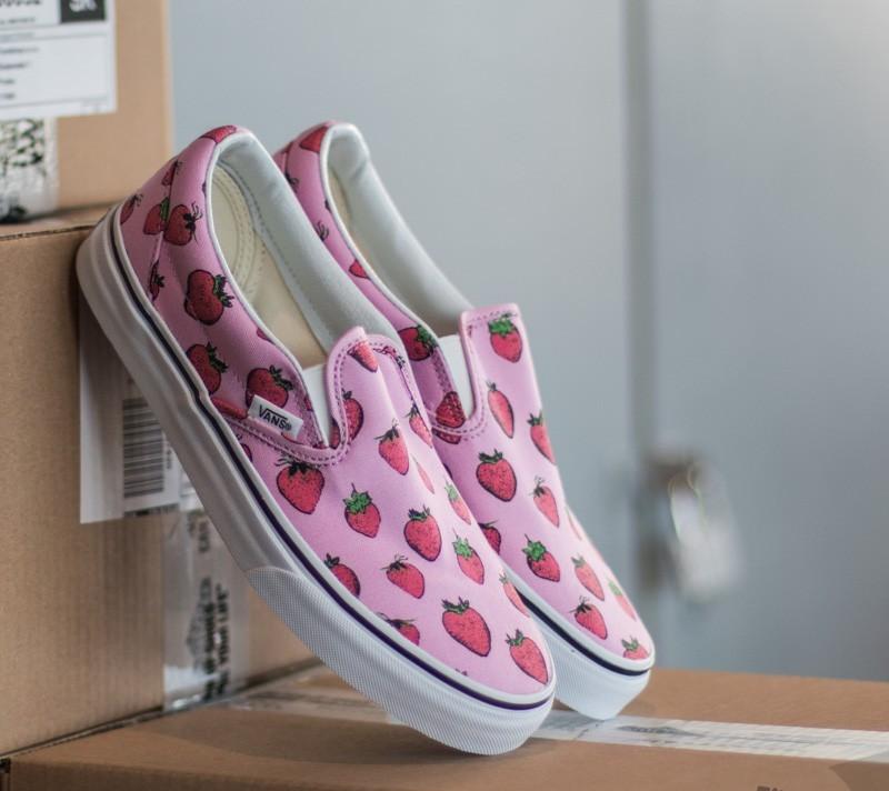 e983264cea38 Vans Classic Slip On Strawberries Lavender / True White | Footshop