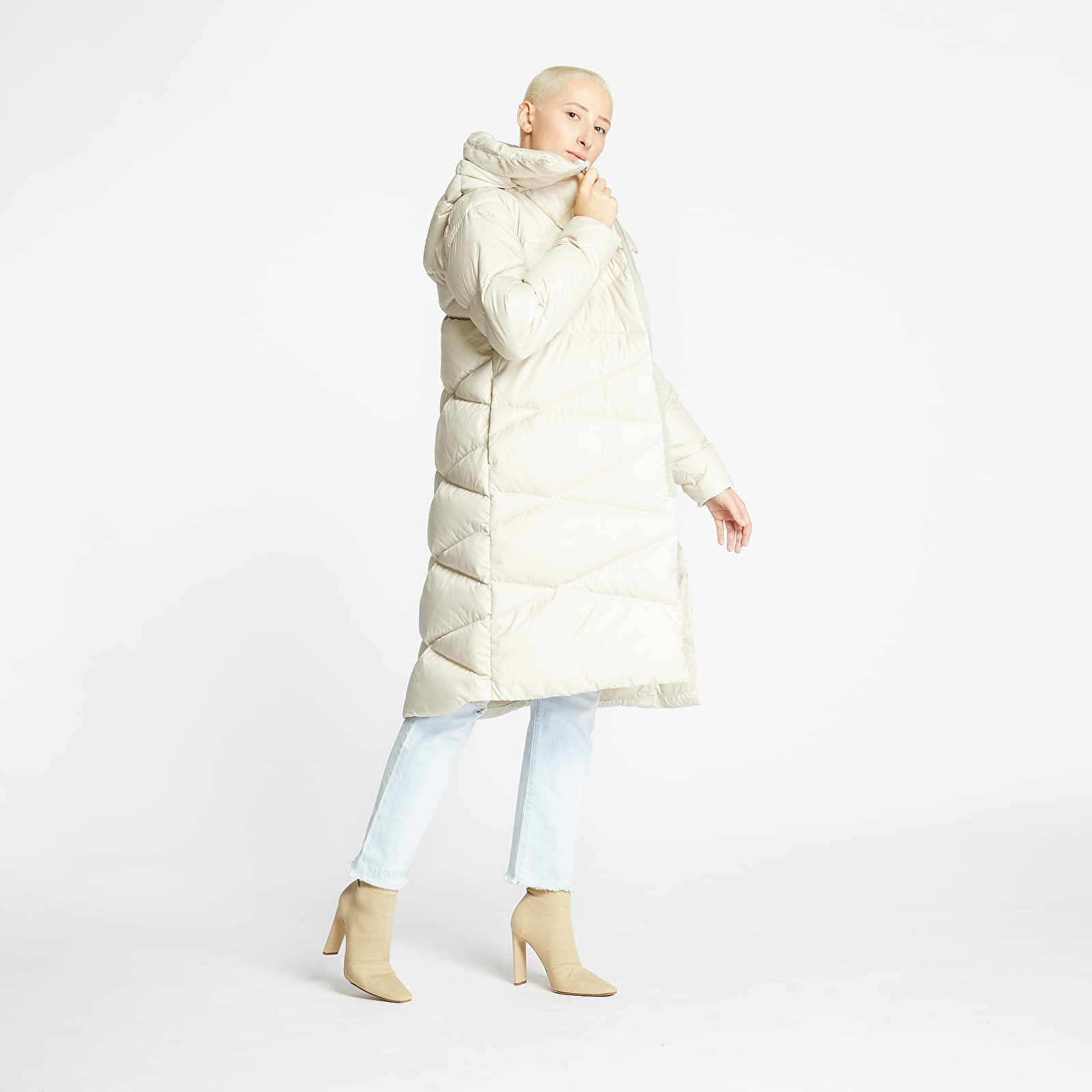 Paltoane Helly Hansen W Tundra Down Coat Cream