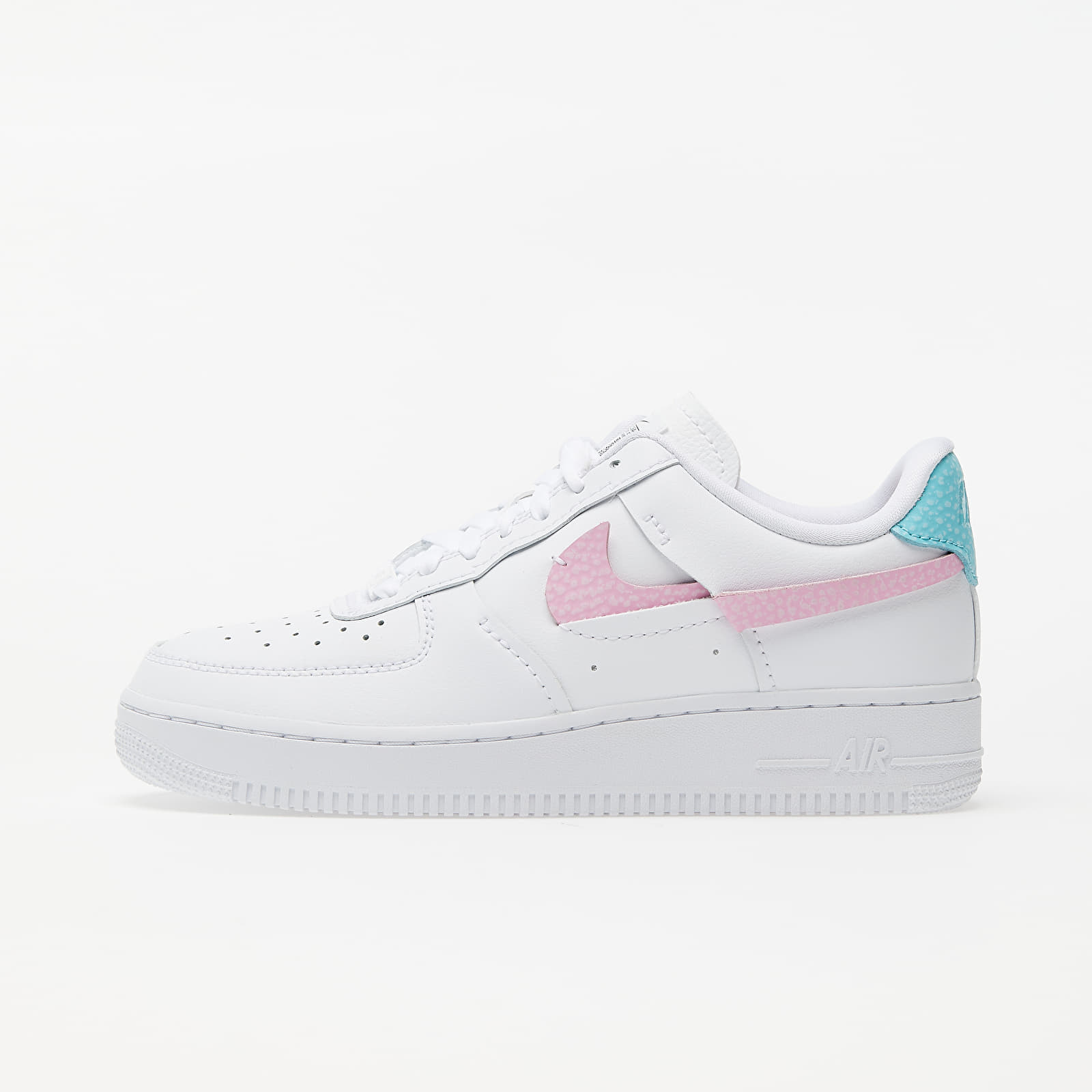 Women's shoes Nike Wmns Air Force 1 LXX White/ Bleached Aqua-Pink Rise