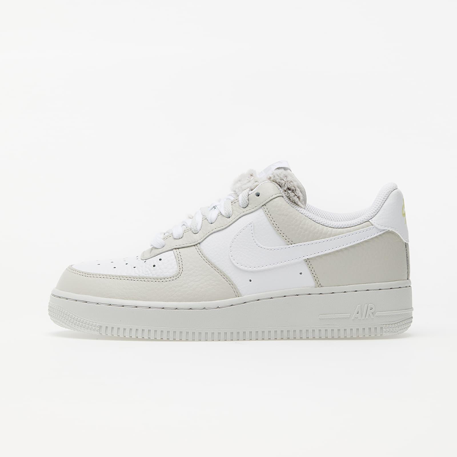 Moretón Imposible Cumbre  Women's shoes Nike Wmns Air Force 1 '07 Light Bone/ White-Photon Dust-Life  Lime | Footshop