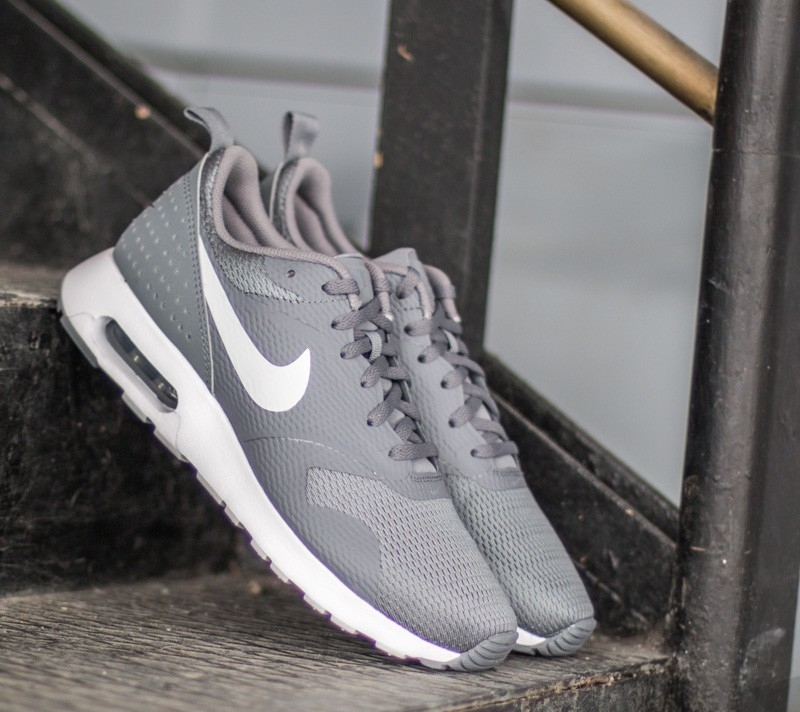 pretty nice fec73 af5eb Nike Air Max Tavas Cool Grey Pure Platinum White