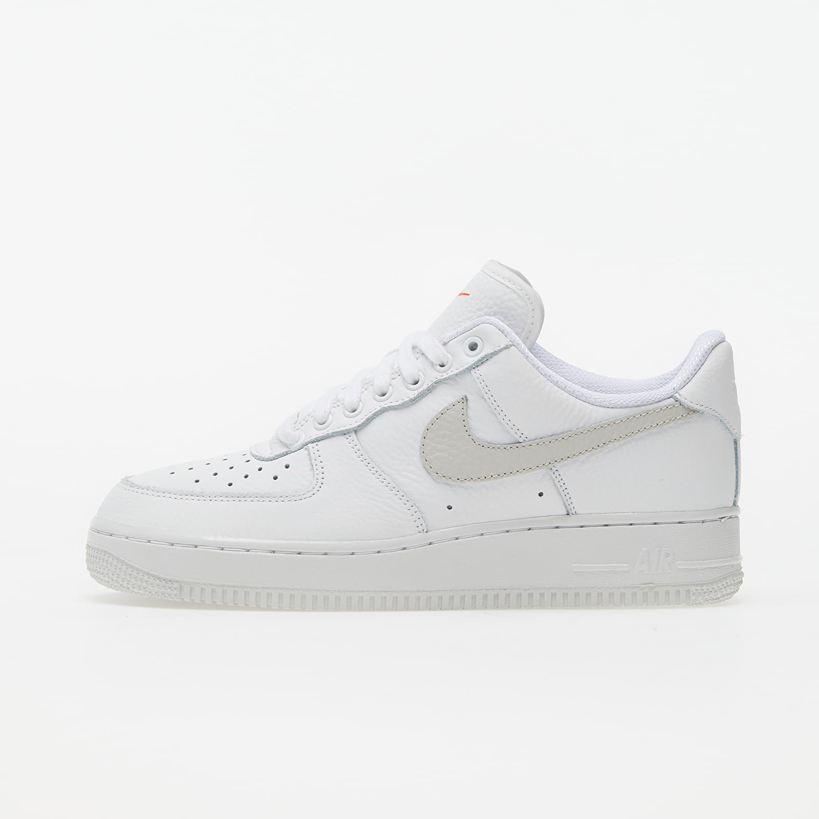 Women's shoes Nike Wmns Air Force 1 '07 Summit White/ White-Solar Flare-Starfish