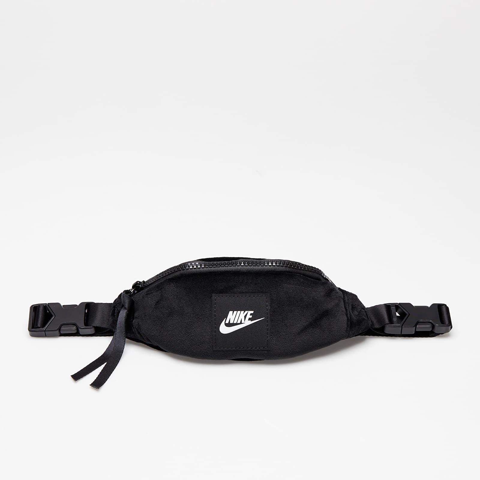Nike Heritage Backpack - Winterized Black/ Black/ White EUR
