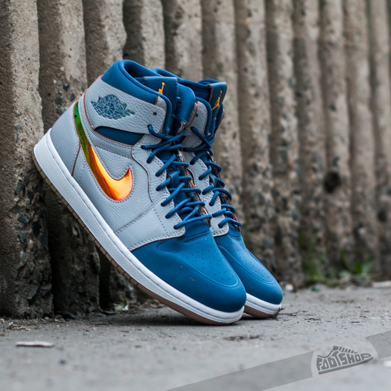 Air Jordan 1 Retro High Nouv Wolf Grey Gold Leaf-French Blue-White ... a2b6586aa12f