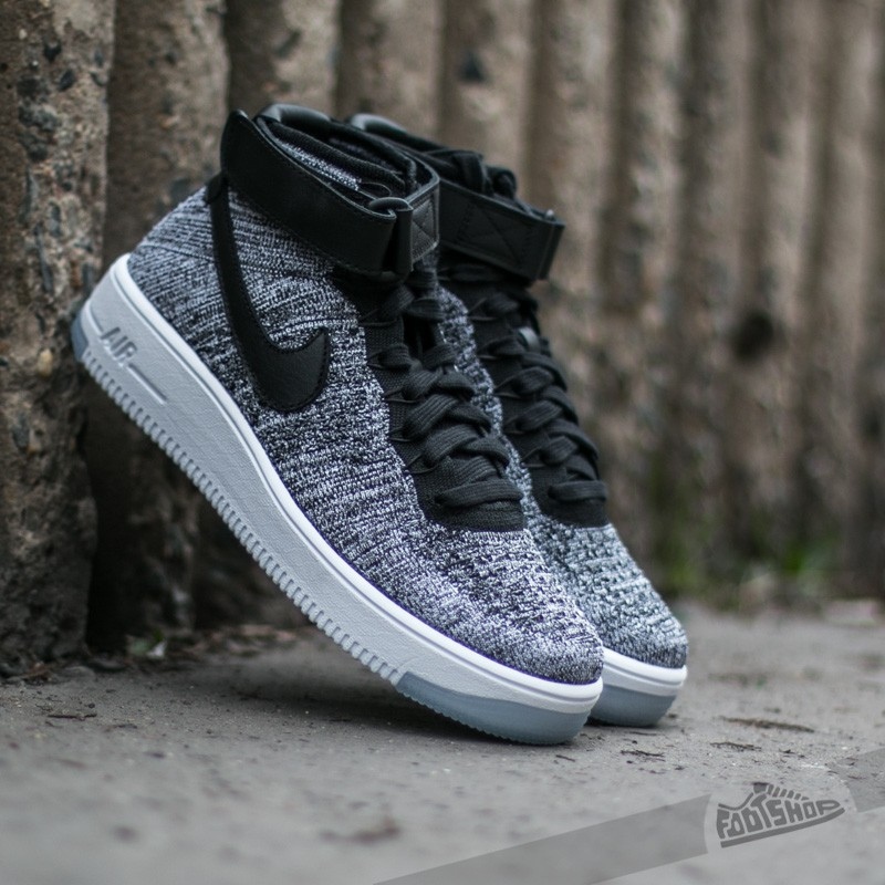 Nike W Air Force 1 Flyknit Black  Black-White  a3fcf2e2a2