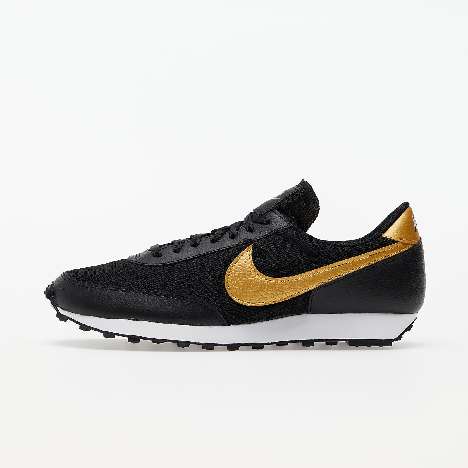 Women's shoes Nike Wmns Daybreak Black/ Black-Metallic Gold-White