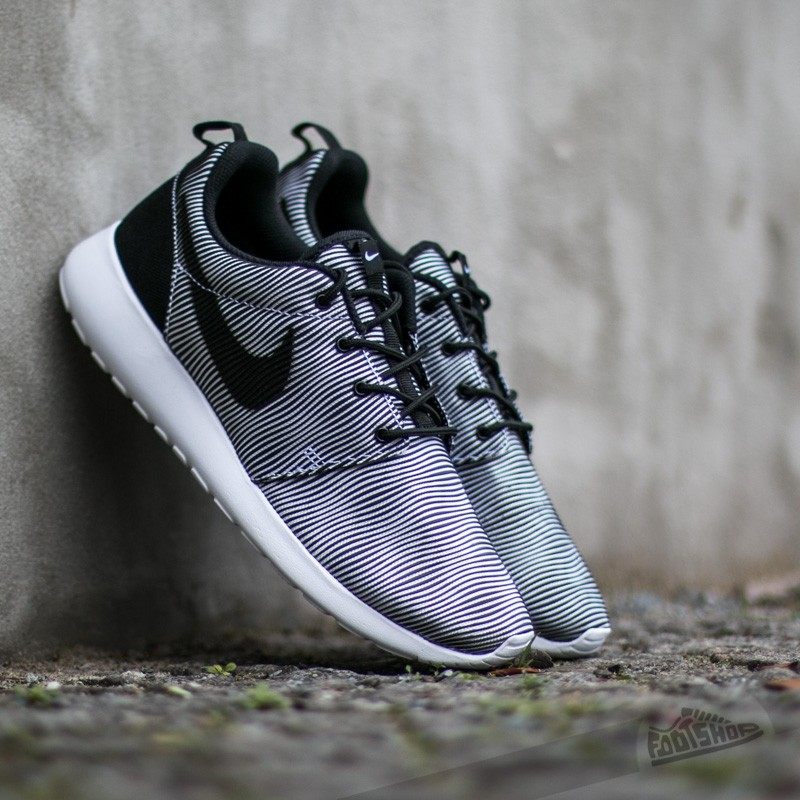quality design 1d64e ece09 ... print prem plus Nike Roshe One Premium Plus White Black ...