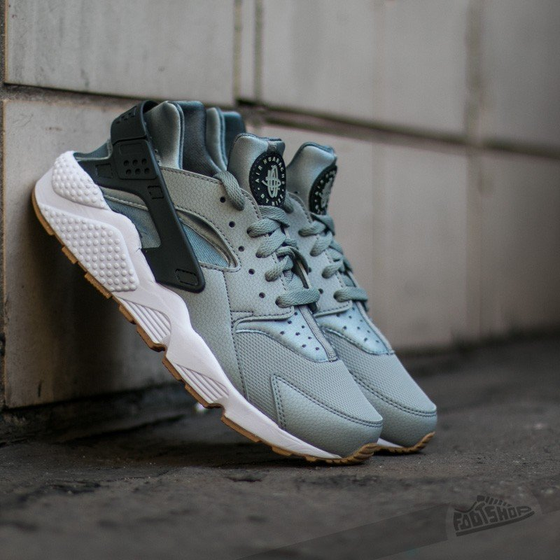huge discount 750a5 0028b Nike Air Huarache
