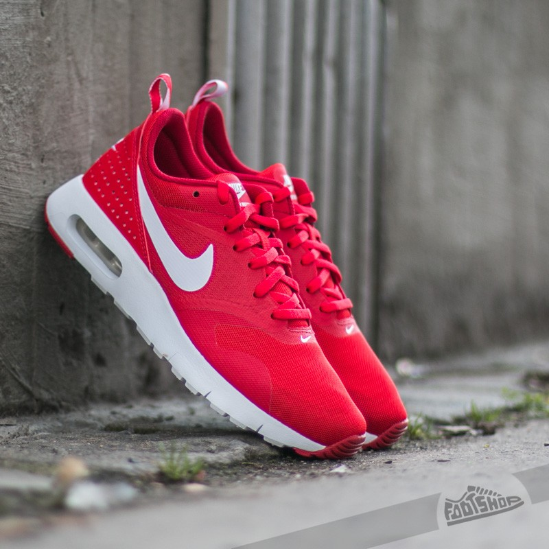 newest 4da89 ea30a Nike Air Max Tavas (GS). University Red  White-Gym Red
