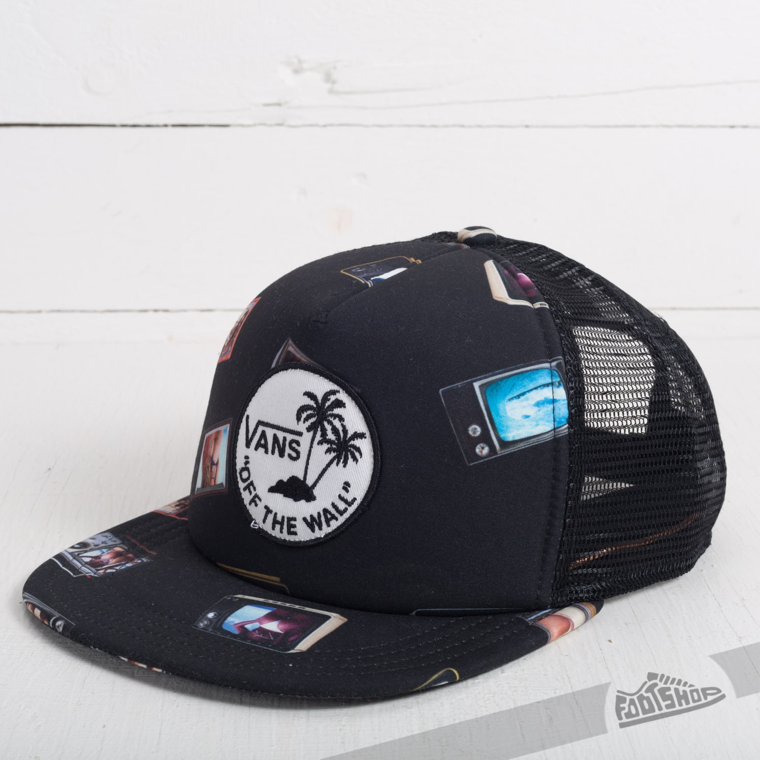 81cb0b134b056 Vans Surf Patch Trucker Hank Bank