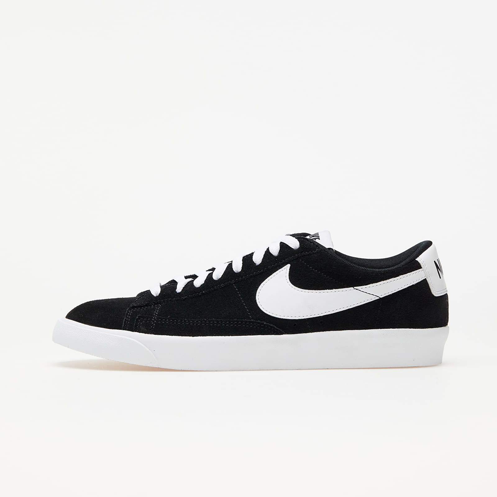 Nike Blazer Low Premium Vntg Suede Black/ White EUR 44