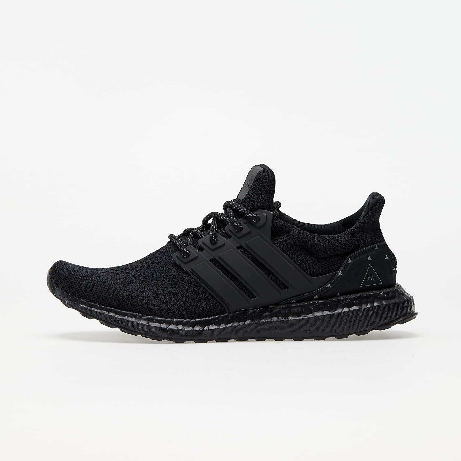 Chaussures et baskets homme adidas x Pharrell Williams UltraBOOST DNA Core Black/ Core Black/ Core Black