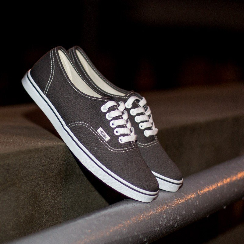 55af4e9aee Vans Authentic Lo Pro Pewter True White