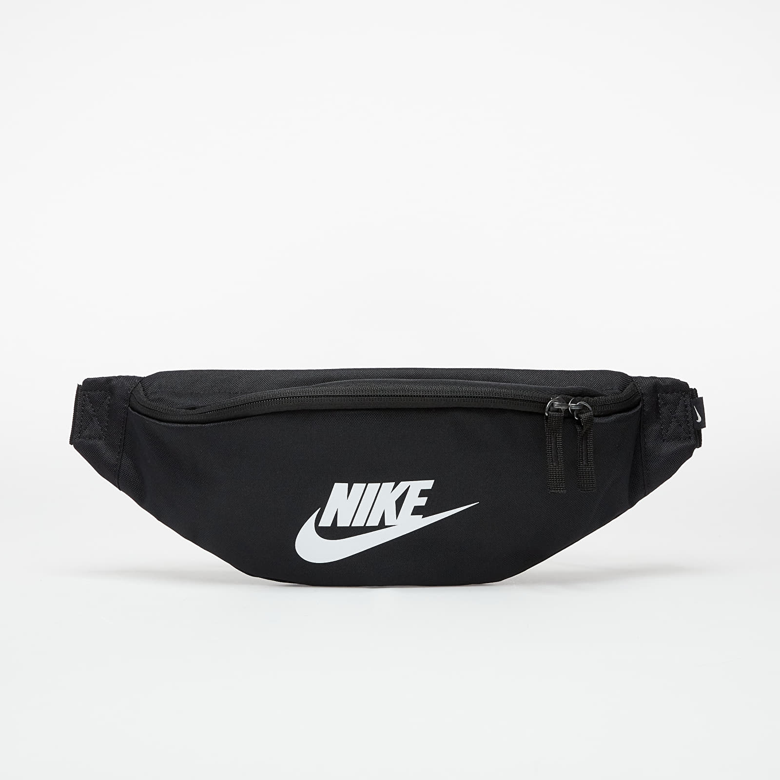 Чантички за кръст Nike Heritage Hip Pack Black/ Black/ White