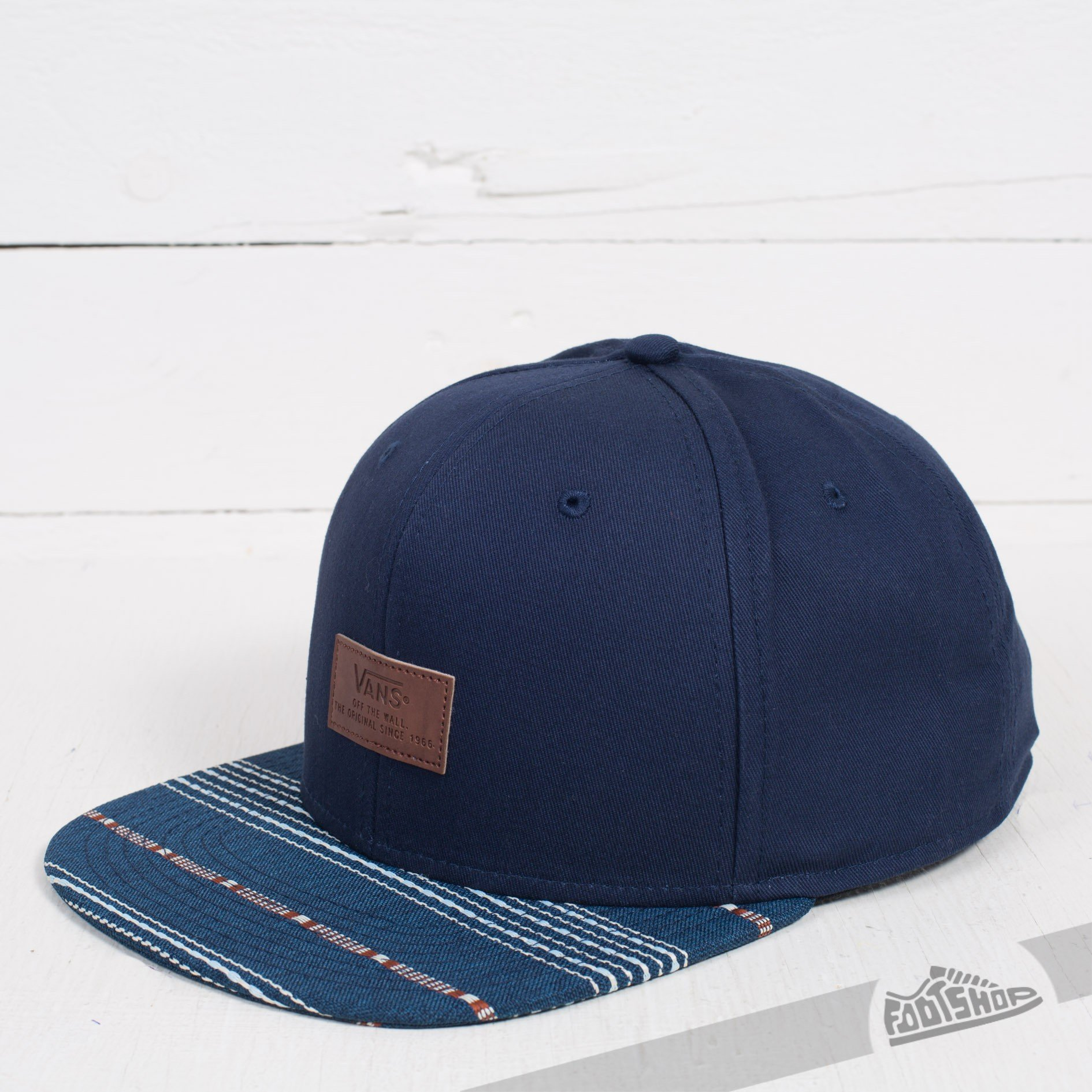 2d42bba5af6d5 Vans Allover It Snapback Dress Blues